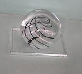 藝術收藏:紙鎮-----華麗的冒險   KAG水晶琉璃  Czech Republic  80.8mm直徑x12x8cm  意喻 扶搖直上 M2.6