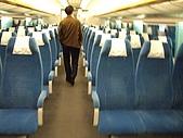 上海浦東磁浮列車:磁浮車內的座位