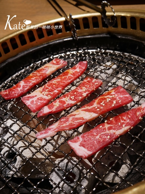 P1040964.JPG - 【八德路】七輪燒肉炭火燒肉,同場加映林東芳牛肉麵、黑丸嫩仙草