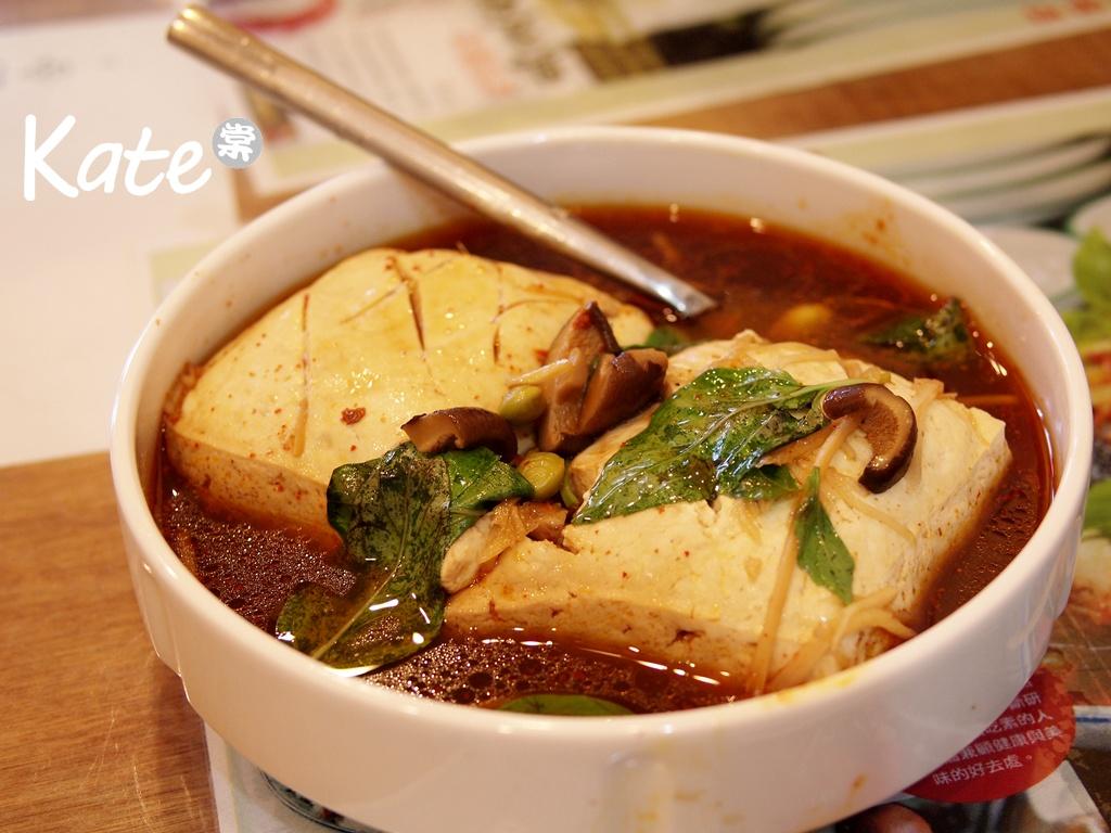 豆腐殿臭豆腐(2013.5.5):20130505 豆腐殿臭豆腐 (4).JPG