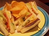 Ms. Jennifer's Cafe:KT250182.JPG