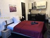 【布達佩斯】Budapest Center Residence。交通方便、經濟住宿的可愛公寓:IMG_2169B.JPG