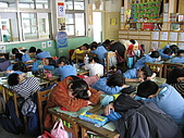 「微笑馬戲團」五丙學習活動:學習單+ 繪畫作品:我們不是在睡覺喔!正在欣賞動聽的主題曲.JPG