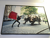 美加賞楓遊:巨牛銅雕
