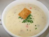 勞瑞斯牛肋排餐廳饗宴:海鮮濃湯