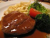 捷克﹝克倫羅夫﹞之旅:牛排餐