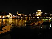 匈牙利之旅:鍊橋&碼頭夜景