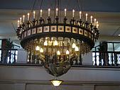 露易絲湖午茶夜宴:古老無價的水晶燈