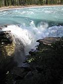 冰原&傑士伯國家公園:阿撒巴斯卡瀑布