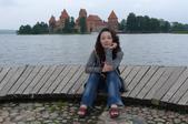 立陶宛之旅:靜雯於特拉凱水中古堡留影