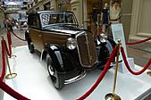 俄羅斯─莫斯科之旅:古姆百貨公司名車展示