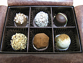 GODIVA2013情人節巧克力:GODIVA松露巧克力