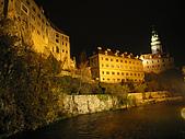 捷克﹝克倫羅夫﹞之旅:羅森古堡夜景
