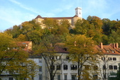 SLOVENIA斯洛凡尼亞POSTOJNSKA JAMA及GRAD古堡:眺望GRAD古堡景致