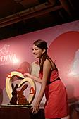 GODIVA 2011情人節愛的二重奏:許瑋甯親自製作情人節巧克力