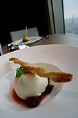 精緻商業套餐:小麥粉甜糕佐李子醬