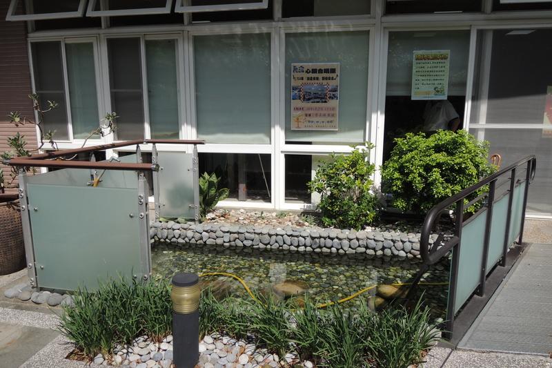 DSCN5416.jpg - 1040627心韻合唱團林口夏雨惟思長期照護中心關懷演唱會