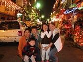 96/12/18小小同學在聖誕巷:檍莛&安安柏柏&兩個媽