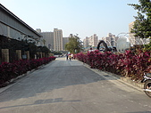 台北-公館水岸新世界~:走在臺北自來水事業處.JPG