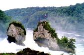 瑞士-萊茵瀑布:萊茵瀑布大岩石一