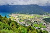瑞士-哈德庫爾姆:俯望兩湖間的茵特拉肯三.jpg