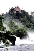 瑞士-萊茵瀑布:勞芬城堡一.jpg