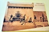 希臘-德爾菲考古博物館:阿波羅神殿的復原模擬圖.jpg