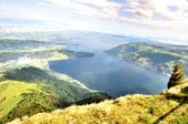 瑞士-瑞吉山:瑞吉山最高點附近的景色一.jpg