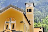 瑞士-伯連納列車:蒂拉諾天主教堂一.jpg