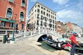 義大利威尼斯-貢多拉和水上巴士之旅:利雅德橋附近的景色二.jpg