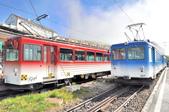 瑞士-瑞吉山:Rigi-Kulm 站紅藍兩線列車一.jpg