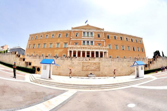 希臘-雅典市區:憲法廣場一.jpg