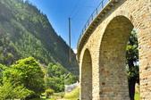 瑞士-伯連納列車:高架石橋一.jpg