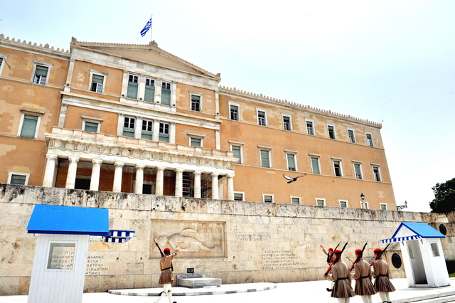 希臘-雅典市區:憲法廣場五.jpg