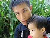 1Y7M-0810~0909:P8130613 (Small).JPG