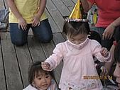 1Y9M-1010~1109:IMG_2513 (Small).jpg