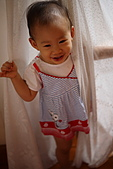 球球一歲四個月:怎麼很像在拍瓊瑤