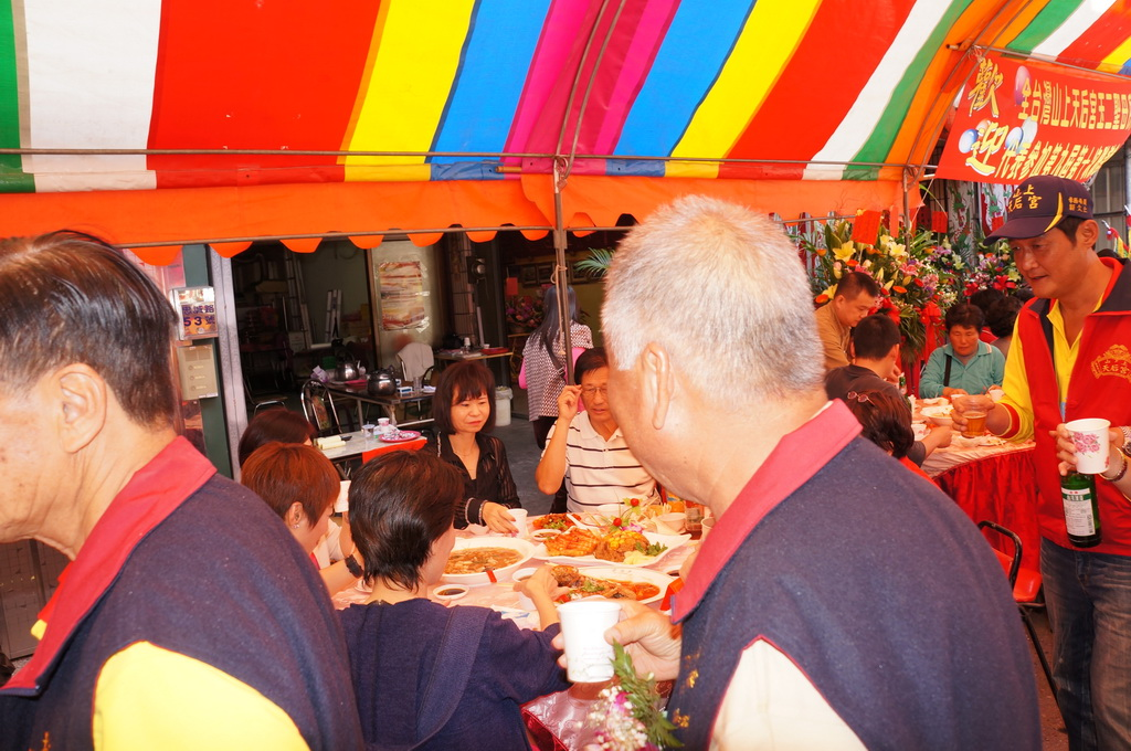 102.2.16往高雄鳥松天后宮參加第6屆第10次聯誼會:DSC02996.JPG