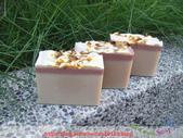 新北市黃小姐:甜杏仁玫瑰蛋糕母乳手工皂2.jpg