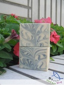 秀珍母乳皂:乳香baby甜杏仁母乳手工皂1.jpg