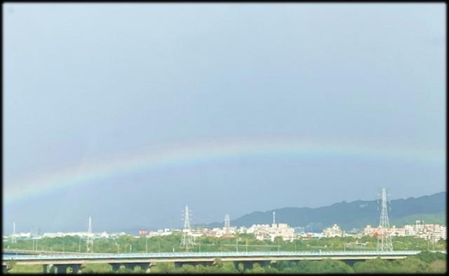 未分類相簿:早晨的彩虹_004.jpg