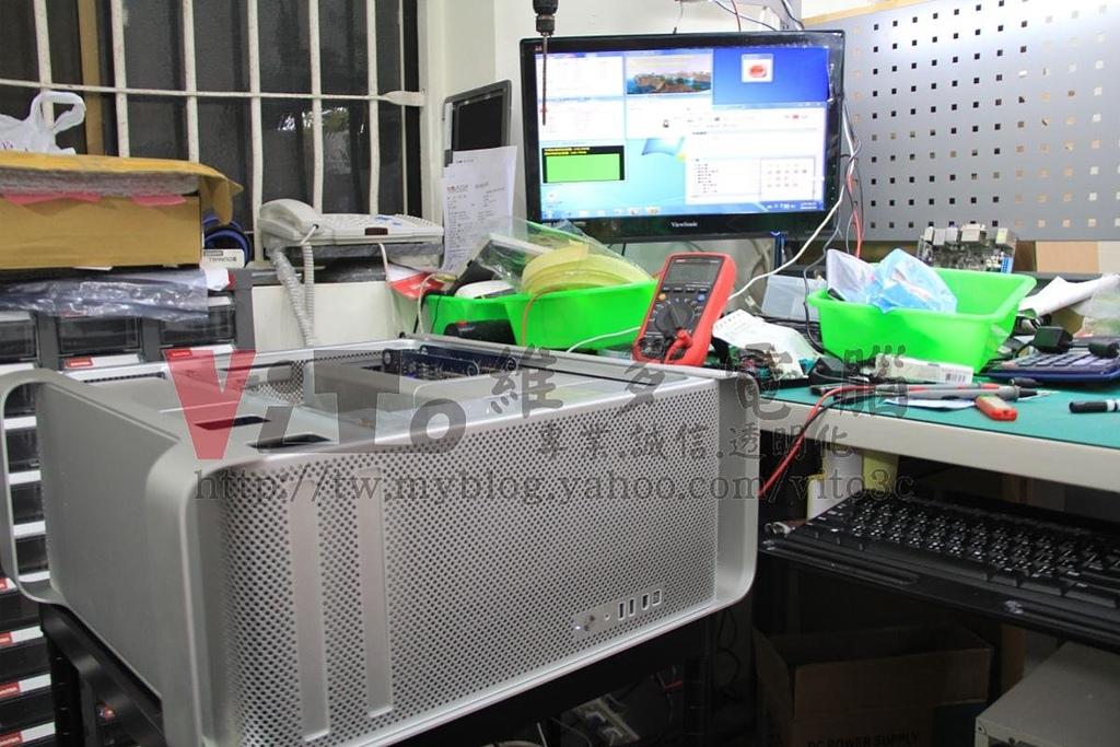 工作站維修 MAC PRO A1186:IMG_1528.jpg