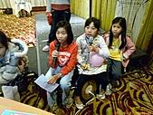 100-01-07 參加智強叔叔公司的尾牙宴:P1040404.jpg