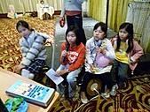 100-01-07 參加智強叔叔公司的尾牙宴:P1040405.jpg