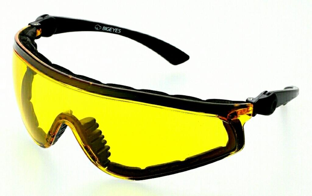 運動眼鏡/套鏡:PhotoGrid_1449404028852.jpg